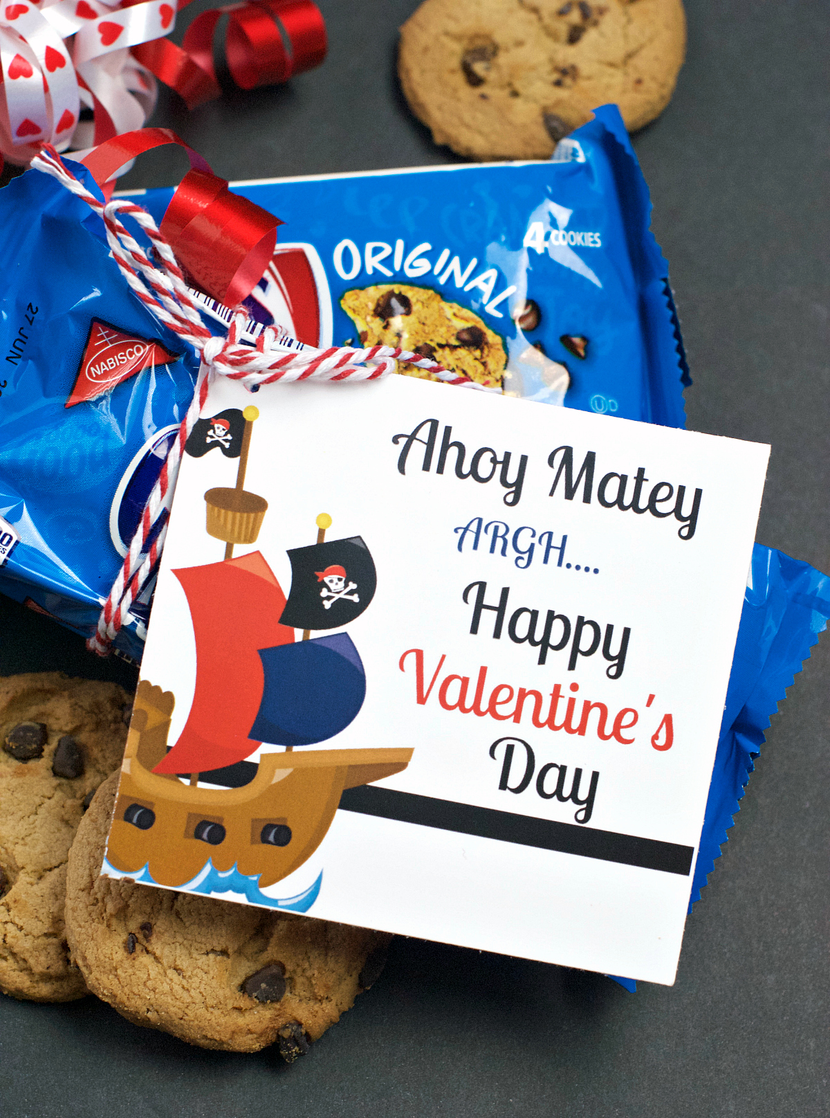 Chips Ahoy Valentine is a fun and simple way to say Happy Valentine's Day! Simply attach this printable tag to a snack pack of Chips Ahoy cookies and you will have a fun Valentine. #Valentinesday #valentine #happyvalentinesday