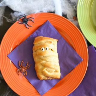 Fun Halloween Breakfast for the Kids-Mummy Breakfast Sandwiches