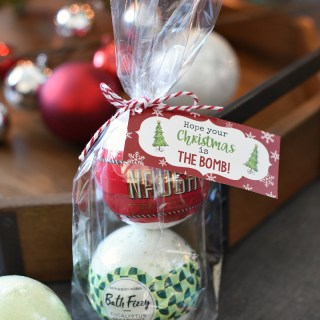 Bath Bomb Gift for Friends at Christmas