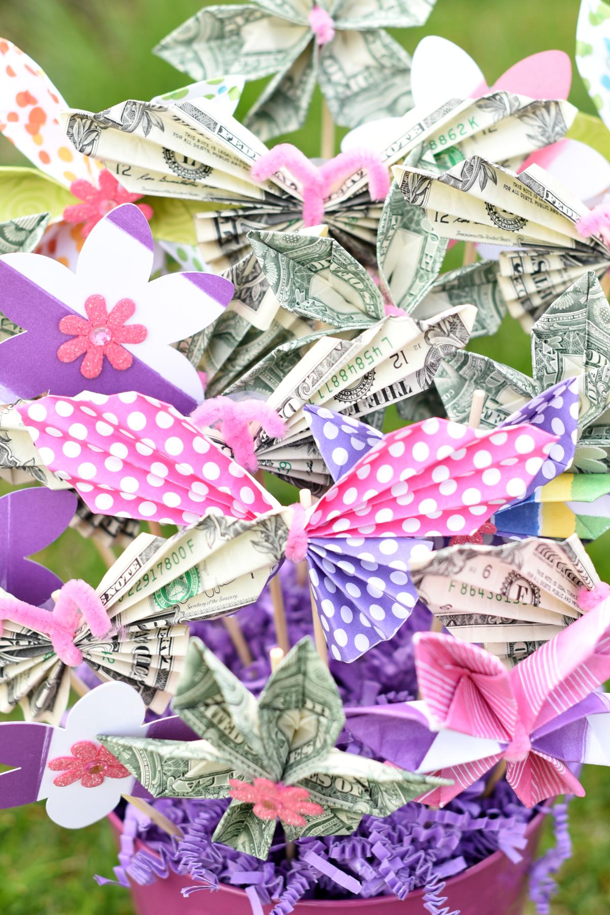 Making a Money Bouquet