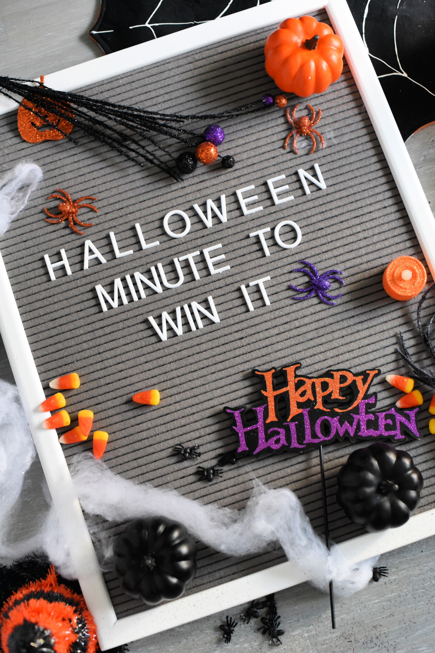 Fun Halloween Minute to Win It Games-These fun and easy games are perfect to play at a class Halloween party, one for kids or even a party for adults! #halloween #halloweenparty #halloweengames #gameideas