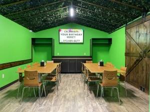 Birthday Rooms Green
