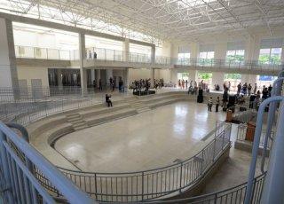 governador-visitou-o-centro-de-referencia-da-juventude-crj-o-projeto-e-idealizado-pelo-governo-d_3.JPG.473x341_q85_crop-smart_upscale