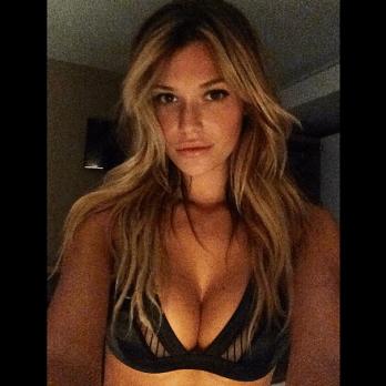 Samantha Hoopes02