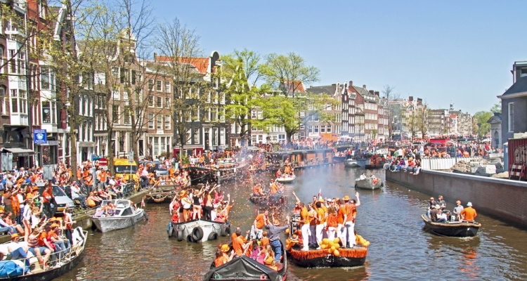 amsterdam-party-boat 2