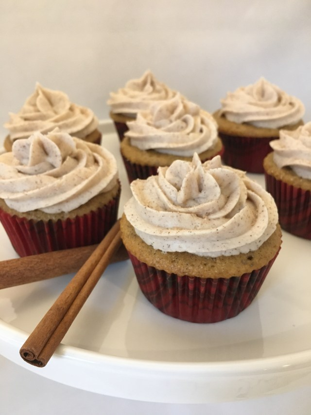 Simple Cinnamon Cupcakes