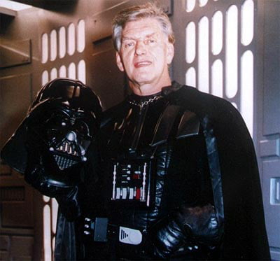 With all the Star Wars hype going on with episode 9, can we please not forget David Prowse ? The poor guy played one of the most iconic vilains in cinema history and never got enough credit for it, even being banned by Lucas to Star Wars events. He's got my eternal respect.