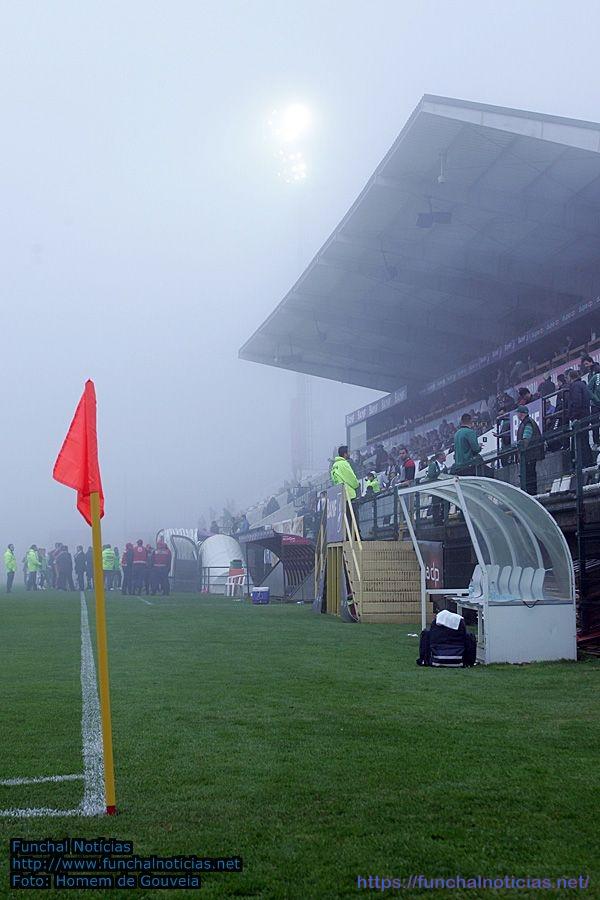 estadio_madeira_nevoeiro001