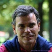 (foto retirada do perfil de Eduardo Jesus no LinkedIn)