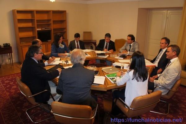 O Conselho de Governo reuniu em dia de forte contestação ao caso 'Jornal da Madeira'