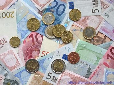Salário Mínimo regional de 615€ mensais publicado hoje em Diário da República