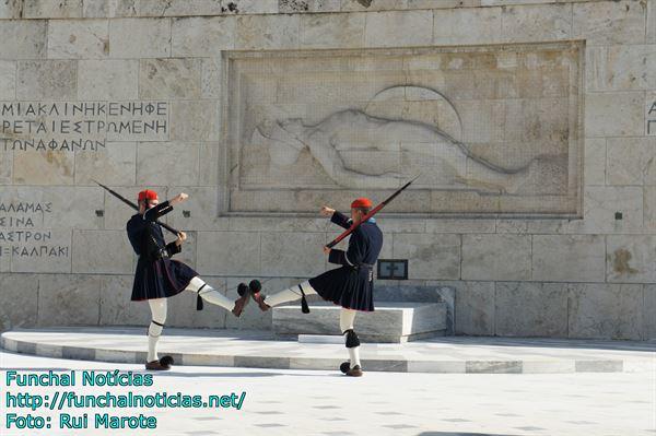 grecia-guarda-parlamento