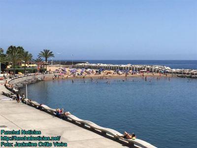 praia-calheta-004