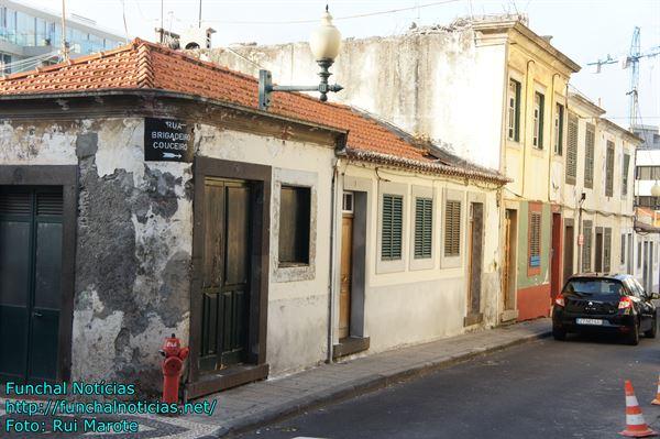 ruas tipicas e igrejas 010