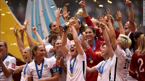 Celebração da vitória norte-americana no campeonato do mundo de futebol feminino 2015