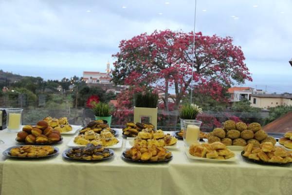 O pequeno-almoço oferecido pelo concessionário da marca Foto: Jomasa Photos