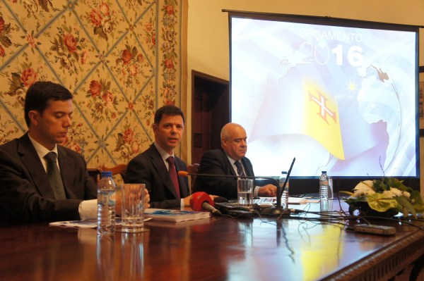 Rui Gonçalves garantiu que não haverá dispensas nem despedimentos na Administração Pública. (Foto Rui Marote)