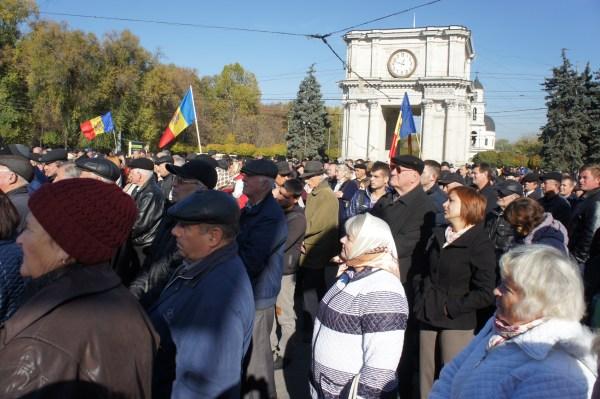 O povo mantém-se firme no seu protesto contra o governo moldavo