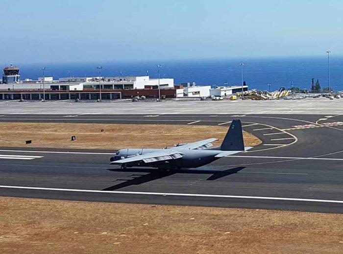 C-130 Hercules da FAP no Aeroporto da Madeira fotografado neste domingo, dia 14 de agosto (NewsAvia) Foto © José Luís Freitas.