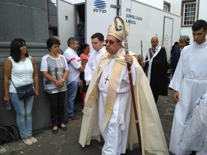 O bispo fez eco da mensagem do Vaticano à população. O Papa está com a Madeira.