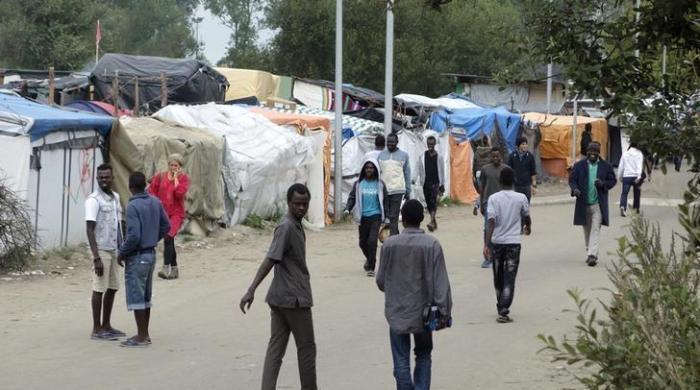 Campo de refugiados em Calais Foto: REUTERS/Charles Platiau