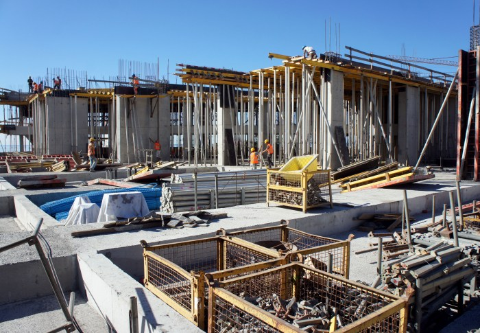 Construção do Bloco Nascente lado Norte. (Foto Rui Marote)