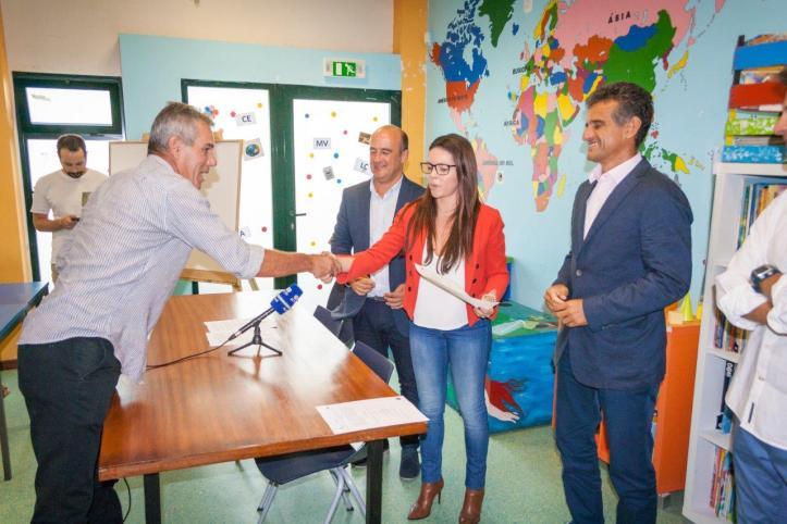 IHM entrega de certificados Escola do Bairro