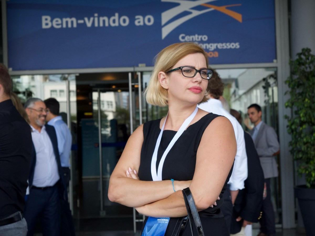 Vereadora centrista Sara Madalena queixa-se de obstaculização por parte da Escola da Lombada