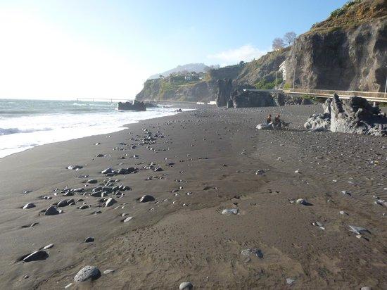 praia-formosa-beach-madeira