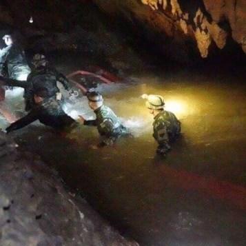 caverna-tailandia-118