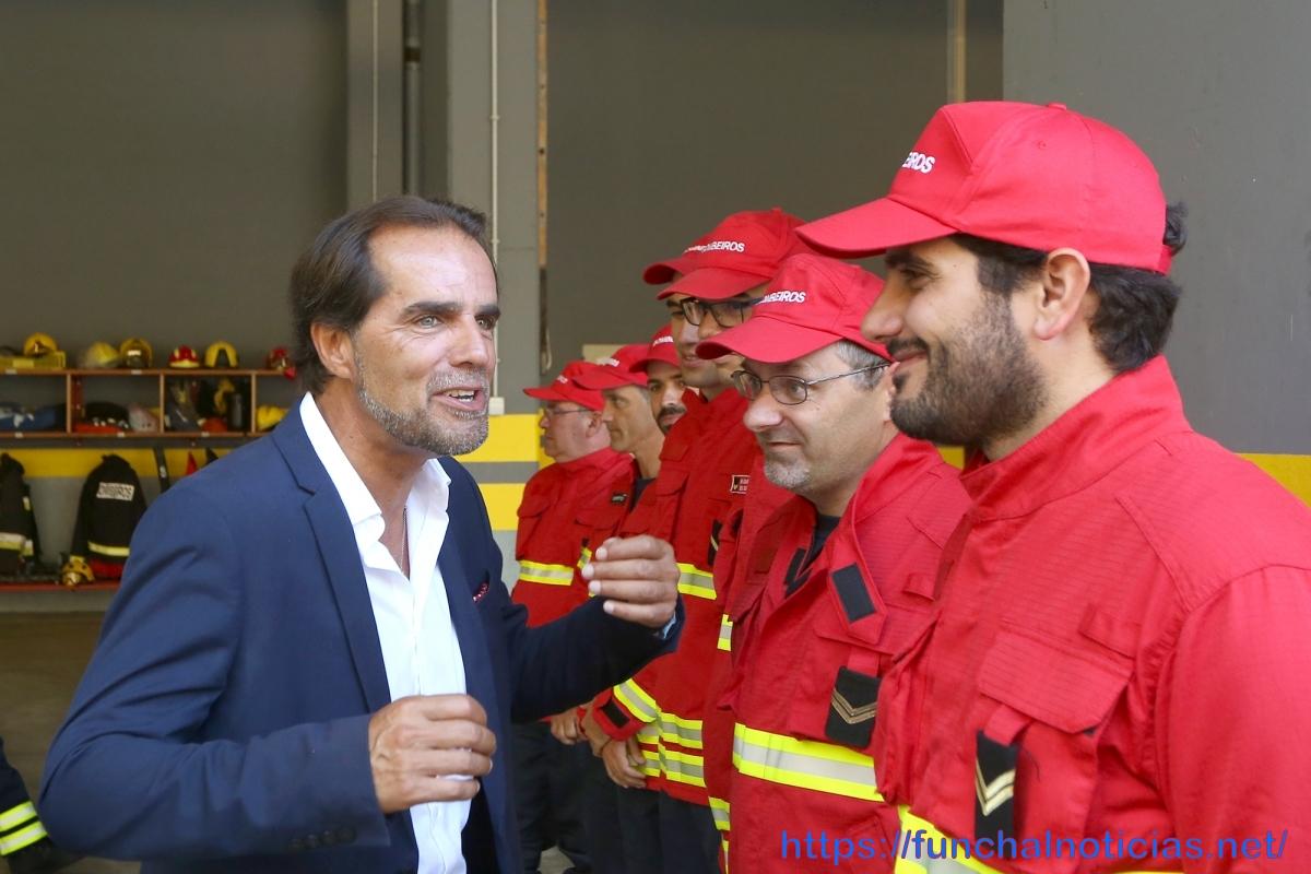 Miguel Albuquerque amanhã na assinatura de protocolos com os bombeiros