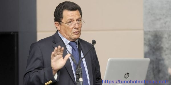Médico Silvestre Abreu indignado com os cancelamentos da TAP que afetam participantes nas IV Jornadas da Diabetes