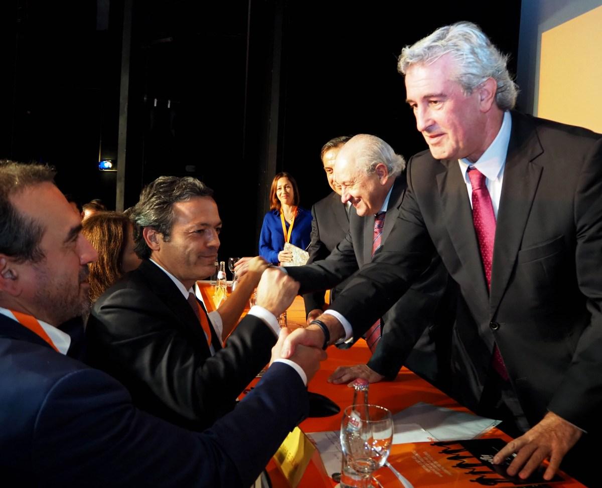 Empossados órgãos regionais do PSD-M: Cunha e Silva é o novo presidente da Mesa, Rui Abreu preside ao Conselho de Jurisdição e Guilherme Silva é primeiro vogal do Conselho Regional