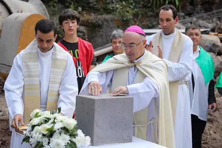 Bispo Capela Babosas B