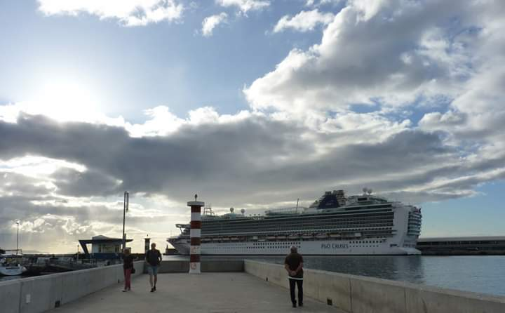 Azura porto do Funchal 2