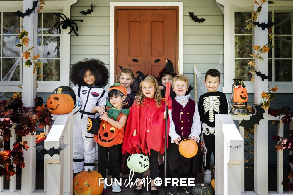 Conjure up a halloween party that draws on autumn's natural splendor, punctuated with spooky touches. Easy Halloween Party Ideas On A Budget Fun Cheap Or Free