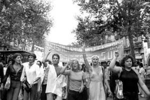La primera manifestación gay en Catalunya