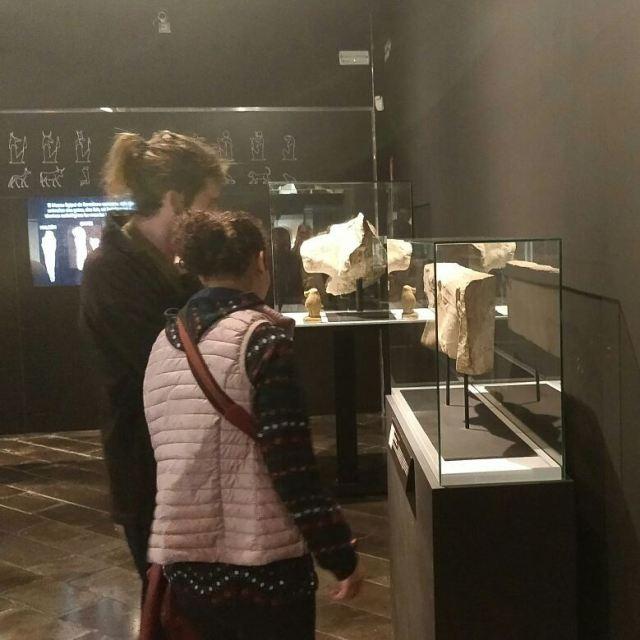 Grup Explora de casal Friends al Museu Egipci exploramola grupExplorahellip