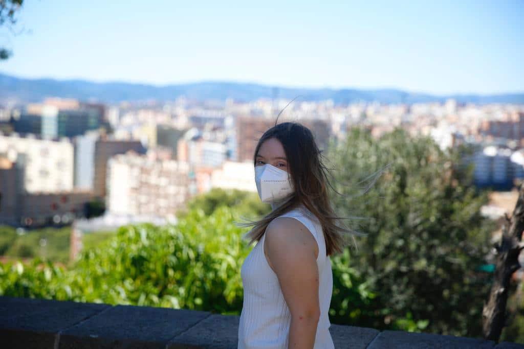 Caterina Moretti con mascarilla en Barcelona