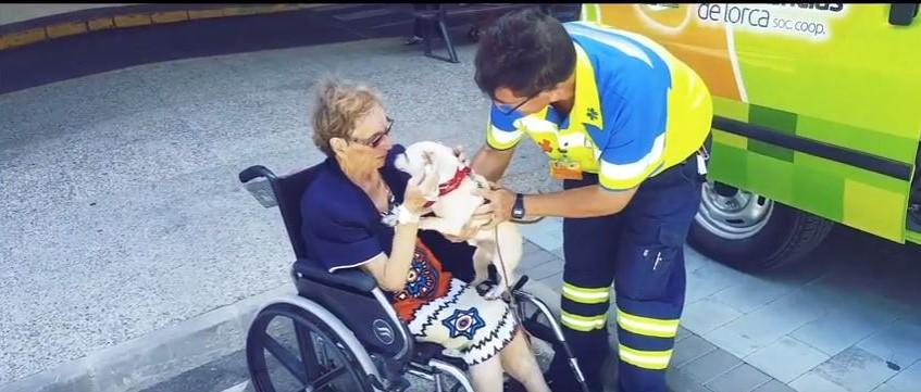 Historia más optimista: ambulancias de Lorca, las sirenas de la ilusión