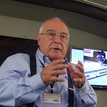 Josemari Cardona, antiguo alumno de ICAI, hace vídeos para ayudar a gestionar la crisis económica derivada del coronavirus