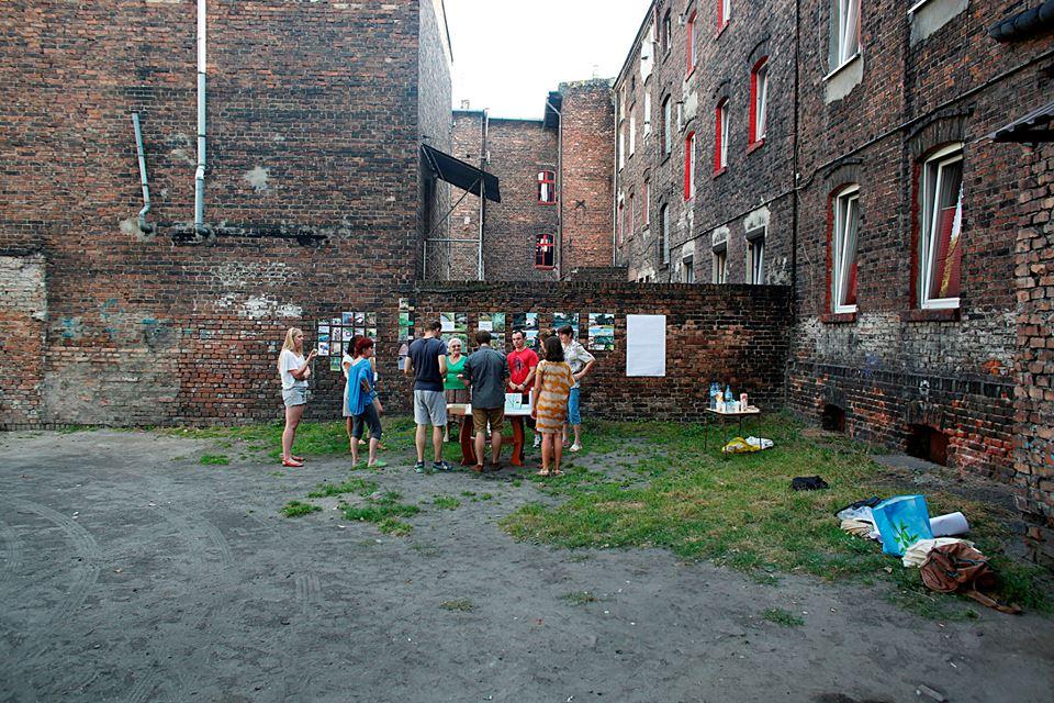 ogród społeczny plac na glanc Modelarska - widok przed