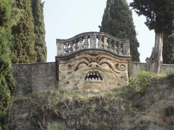 "Welcome! The ""mascherone"" at Giardino Giusti, Verona, Italy"