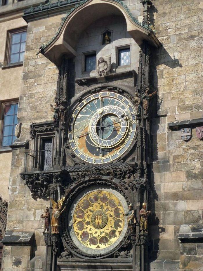 Waiting for the Apostles. Astronomical Clock, Prague, Czech Republic.