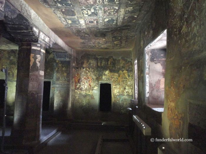 Art gallery. Ajanta Caves, India.