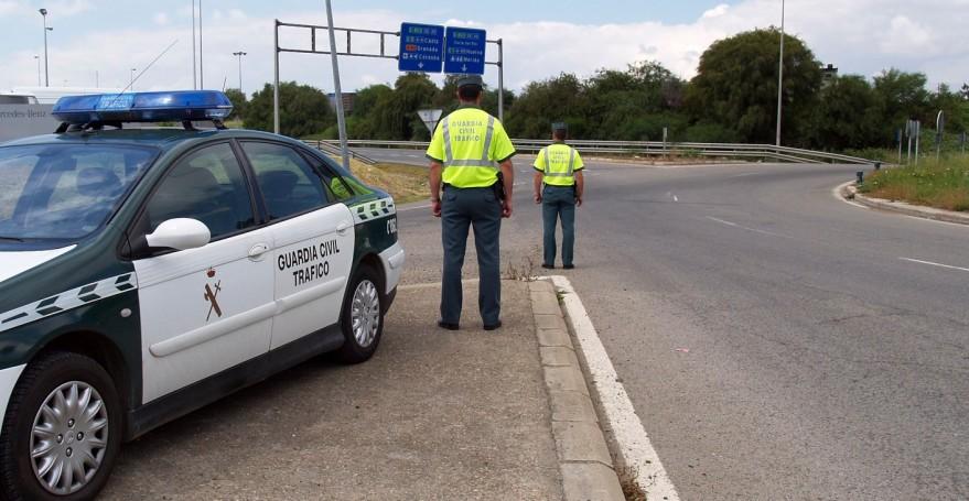 Un total de 1.865 conductores han sido detectados al volante habiendo consumido alcohol o drogas en una semana