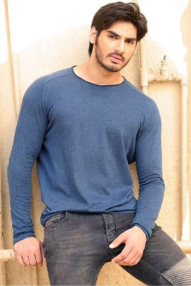 the-21-year-old-ahan-shetty-is-training-for-his-bollywood-debut-in-london-201611-843738