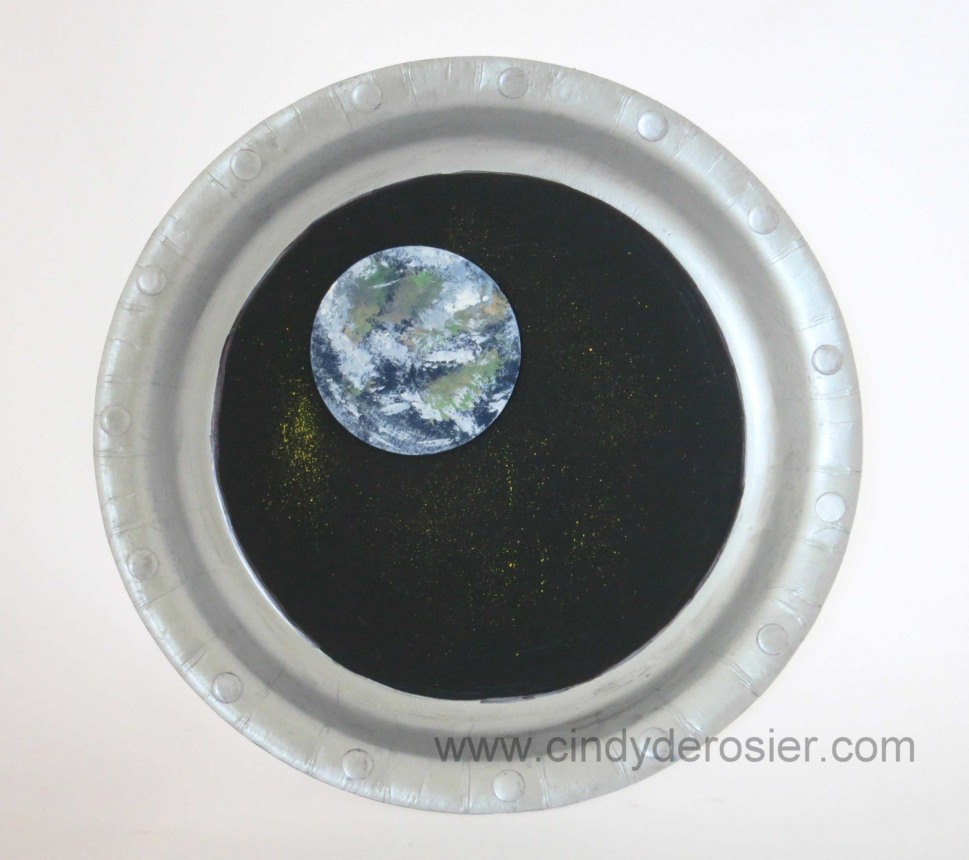 Paper Plate Spacecraft