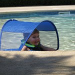 pool floatation device with shade