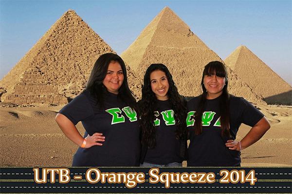 Around the world - Pyramids